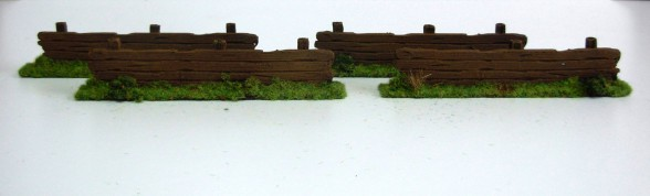 Wooden Fences Type II 4 pieces 28mm unpainted