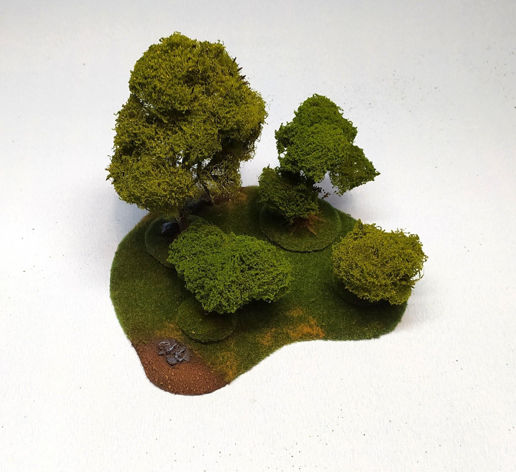 Medium Deciduous Forest - 4 trees
